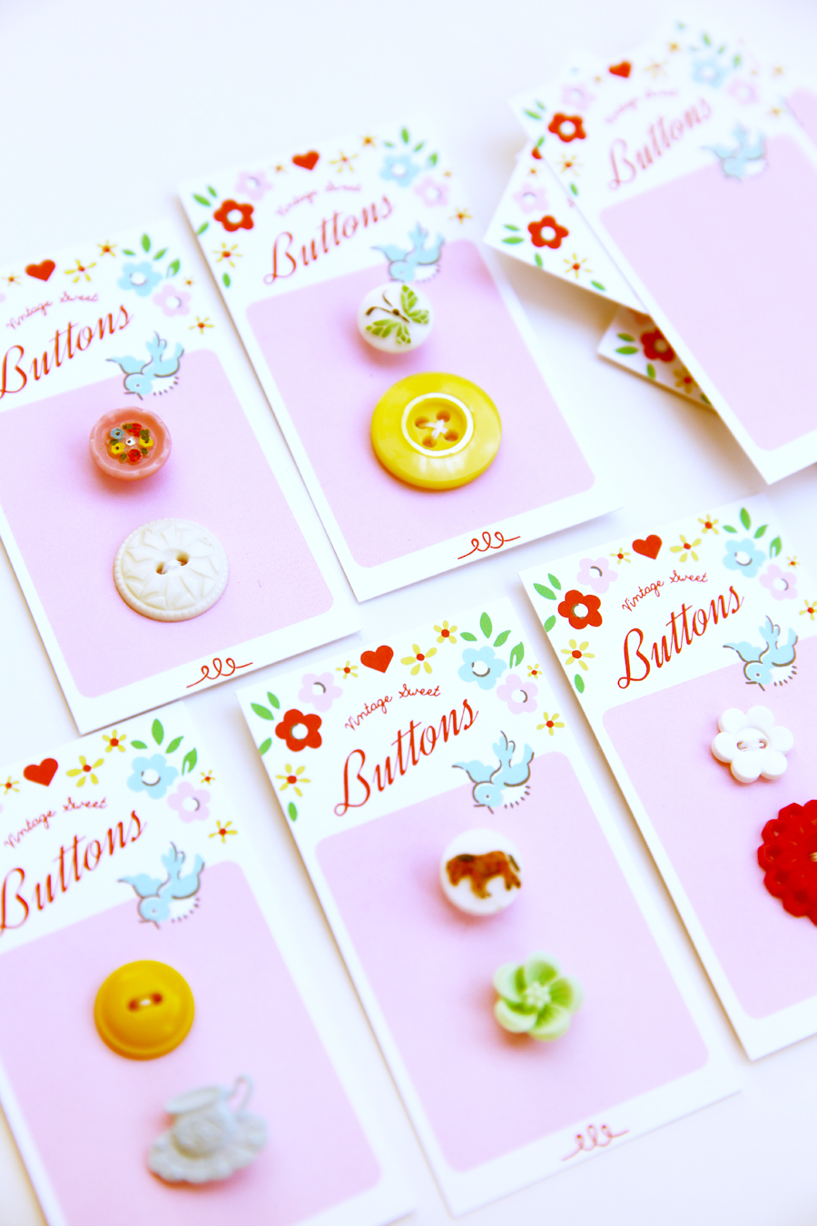 Free download ~ Vintage Inspired Button Cards! xo Elea Lutz